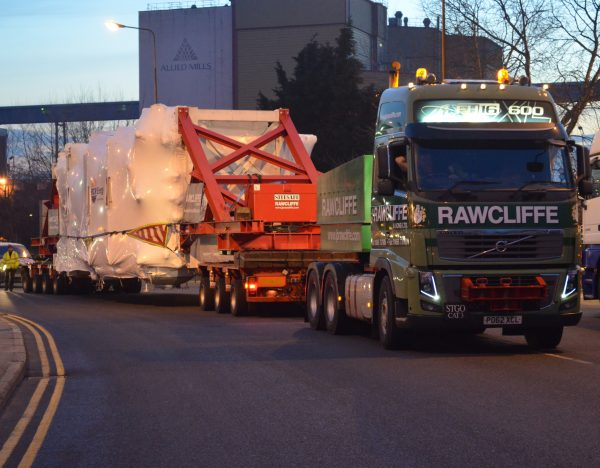 Heavy Haulage Facility London - JB Rawcliffe & Sons Ltd